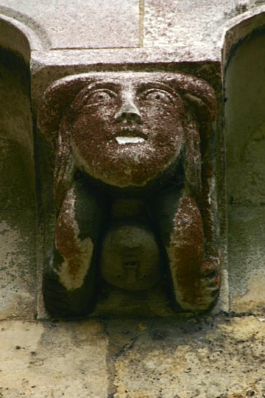 Close up of the birthing corbel
